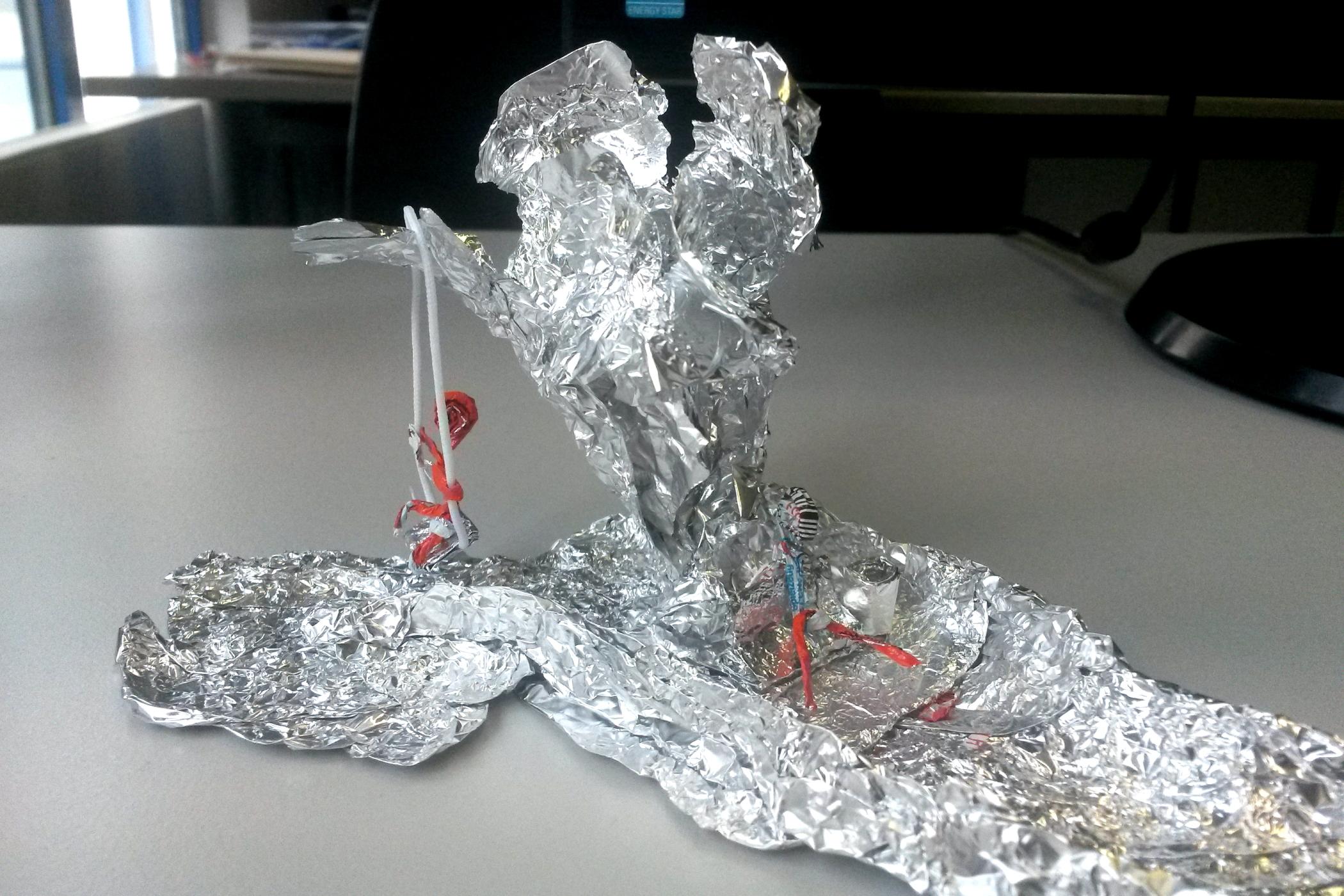 Jessica und Tom - Universum aus Aluminium